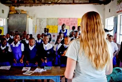 Projects Abroad Teaching volunteer leading an exercise in her classroom in Nanyuki, Kenya