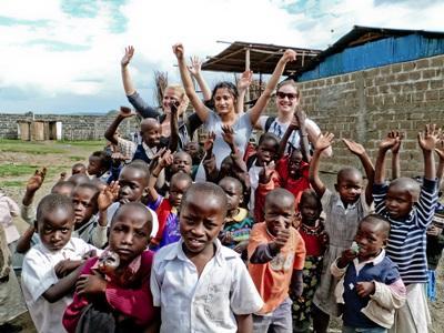 Volunteers with children in Ghana