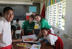 High School Project volunteers work with school children at our Care & Community placement in Samoa.