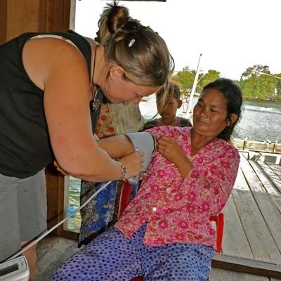 Gap Year volunteer Medical projects in Cambodia