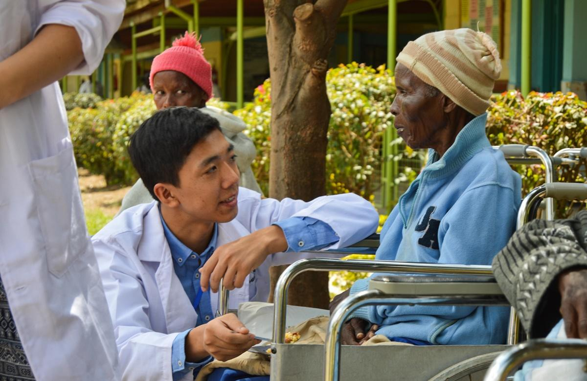 Overseas Nursing Volunteering Projects Abroad
