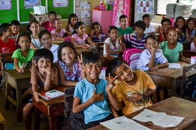 Children in a classroom in the Philippines, where one of the Projects Abroad Teaching projects is based